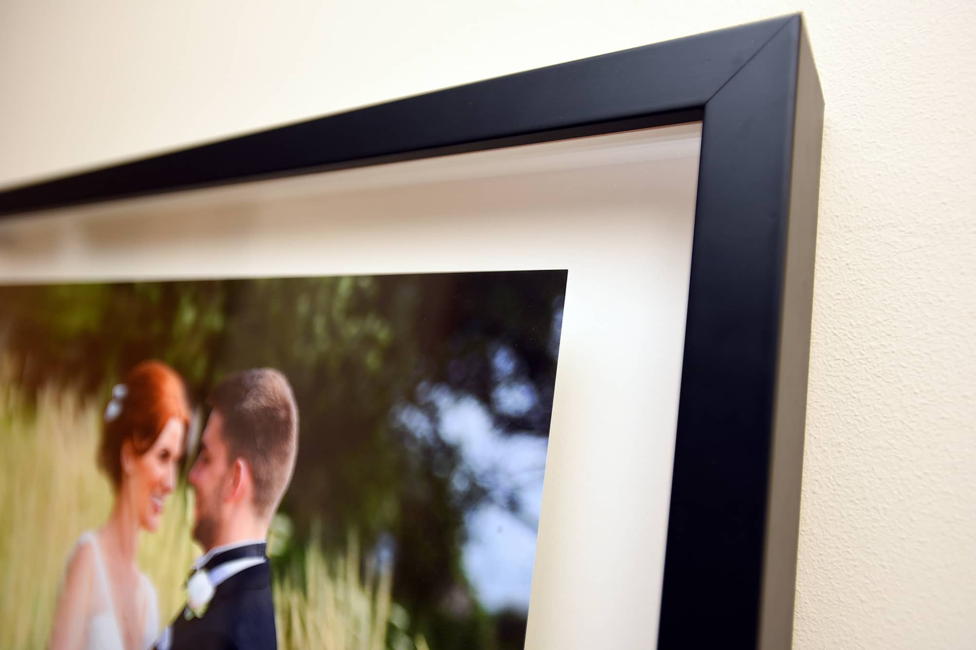 photo frame wedding picture