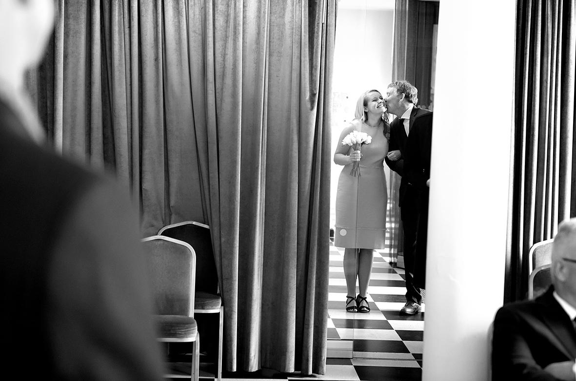 wedding photographer essex reportage