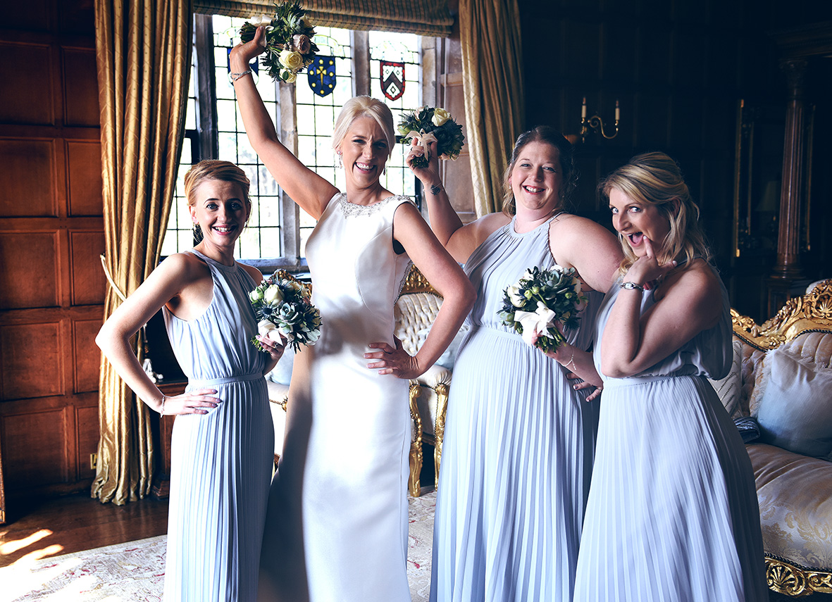 bridesmaids_wedding_hengrave